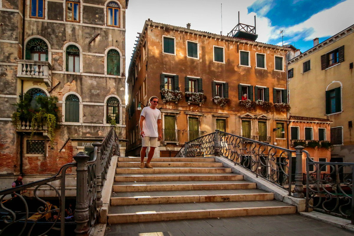 Walking in Venice: 5 reasons to visit the city on foot