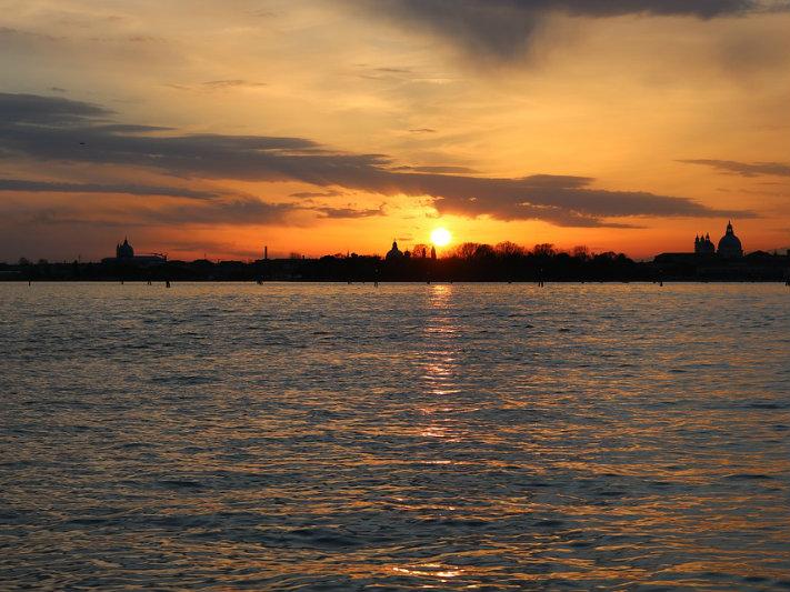 Valentine's Day in Venice: sunset