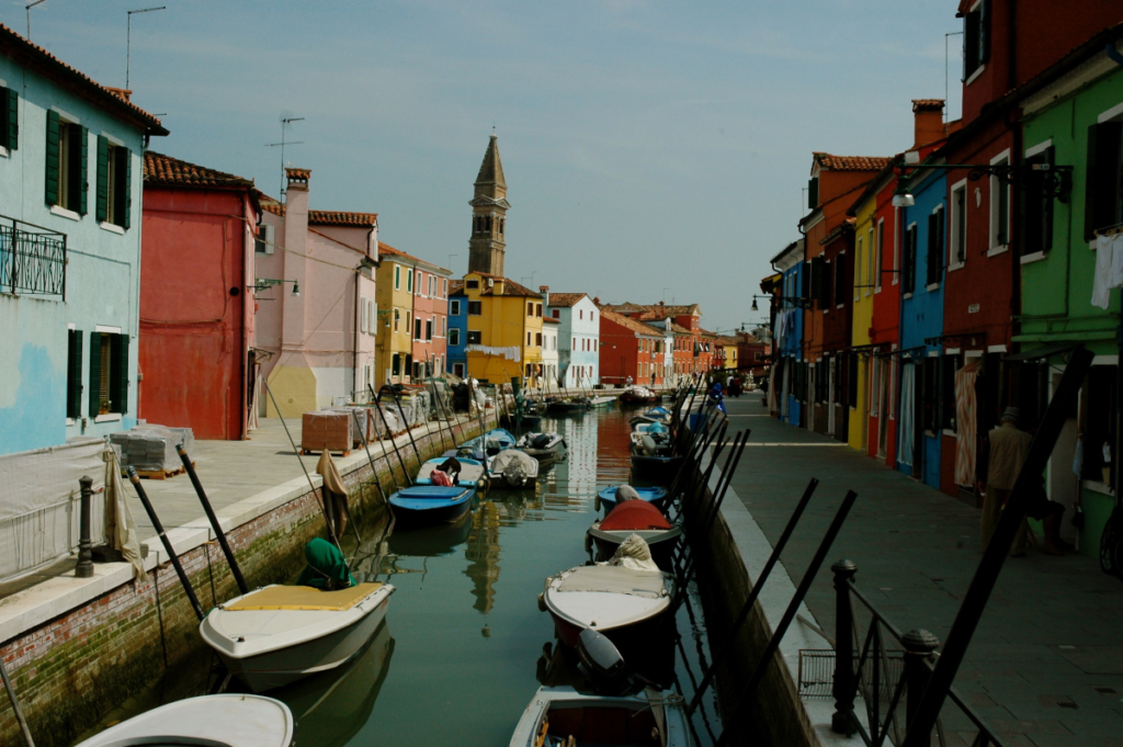 Burano leaning tower